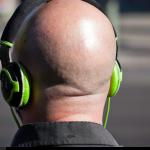 ŁYSIENIE: naturalna utrata włosów czy choroba…?
