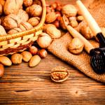 Czy należy moczyć orzechy przed jedzeniem?